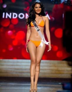 Maria-Selena-Masuk-10-Besar-Kostum-Nasional-Terbaik21